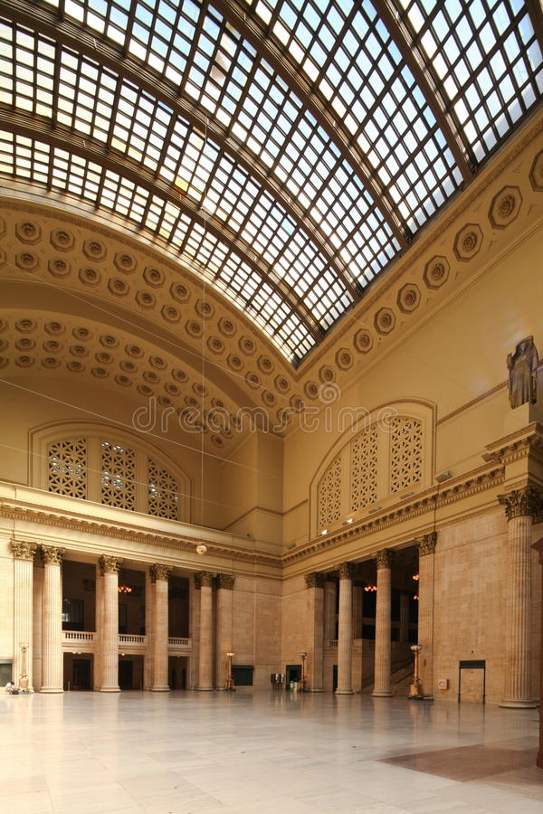 Download Chicago Union station editorial stock image. Image of columns - 20914689