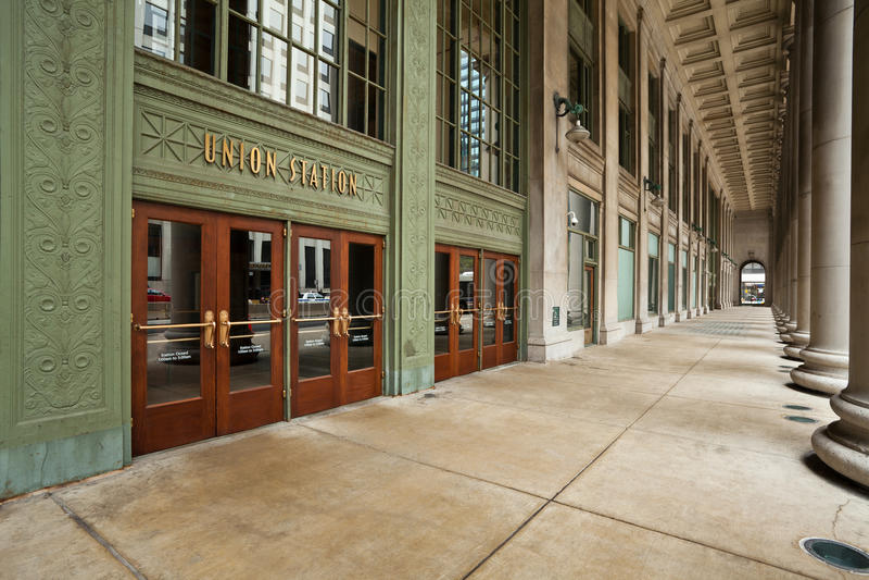 Download Chicago Union Station Entrance. Stock Image - Image: 24254645