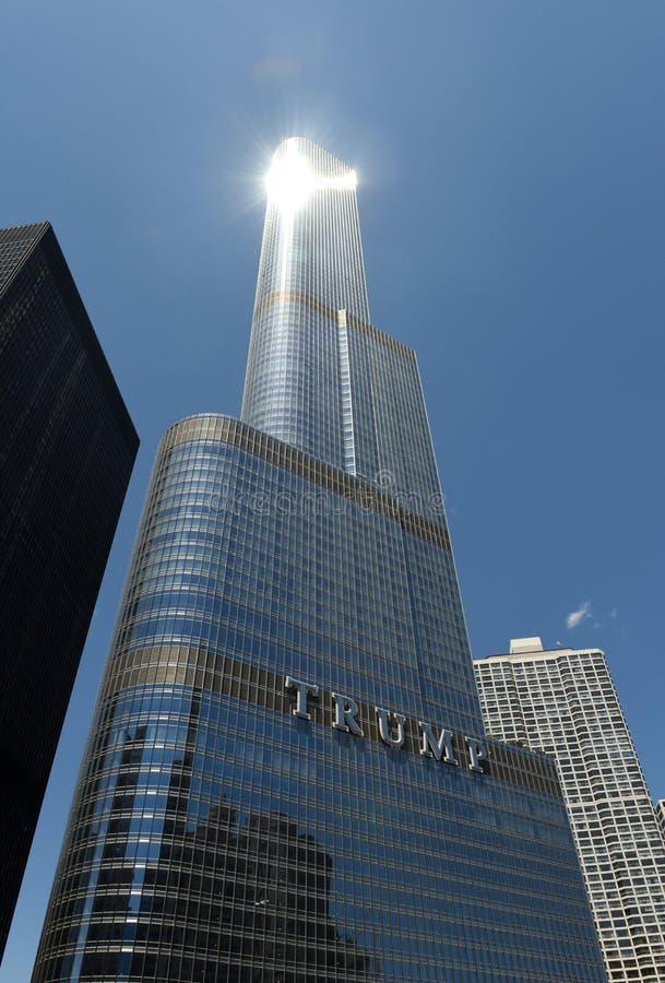 Chicago USA - Juni 04, 2018: Hotell & torn för trumf internationellt royaltyfri bild