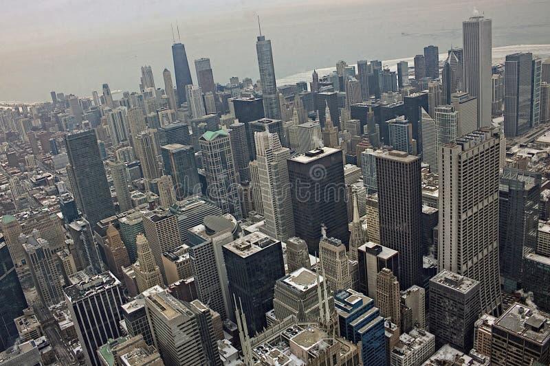 Chicago van de binnenstad tijdens de Winter op een sombere Dag stock afbeelding