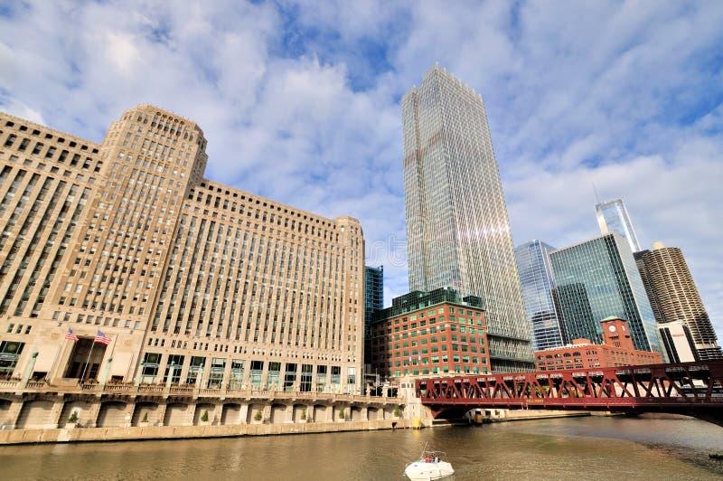 Chicago varormarknad och Chicago River royaltyfria foton