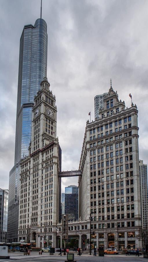 Chicago, Verenigde Staten - de Emblematische Wrigley bouw in Chicago, Verenigde Staten stock foto