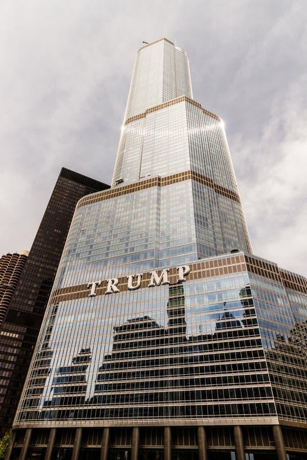 Chicago - vers en mai 2018 : Hôtel international et tour Chicago d'atout Appelé pour U actuel S le Président Donald Trump II image stock