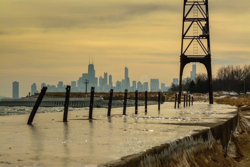 Chicago-Winterskyline lizenzfreie stockfotos