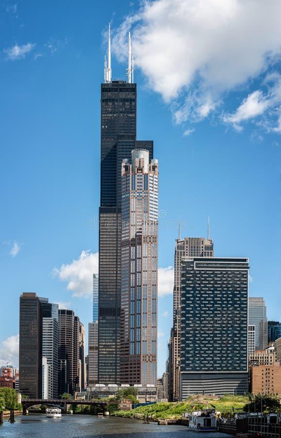 Chicagowska miasto linia horyzontu z Willis wierza fotografia royalty free