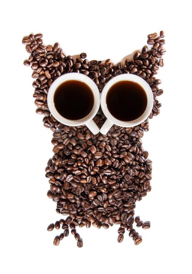 Chicchi di caffè su priorità bassa bianca immagine stock libera da diritti