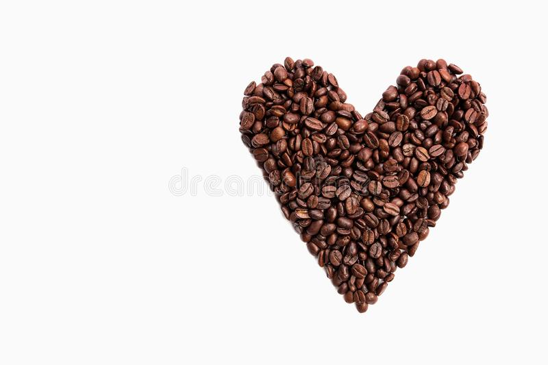 Chicchi di caff? di forma del cuore fotografia stock libera da diritti