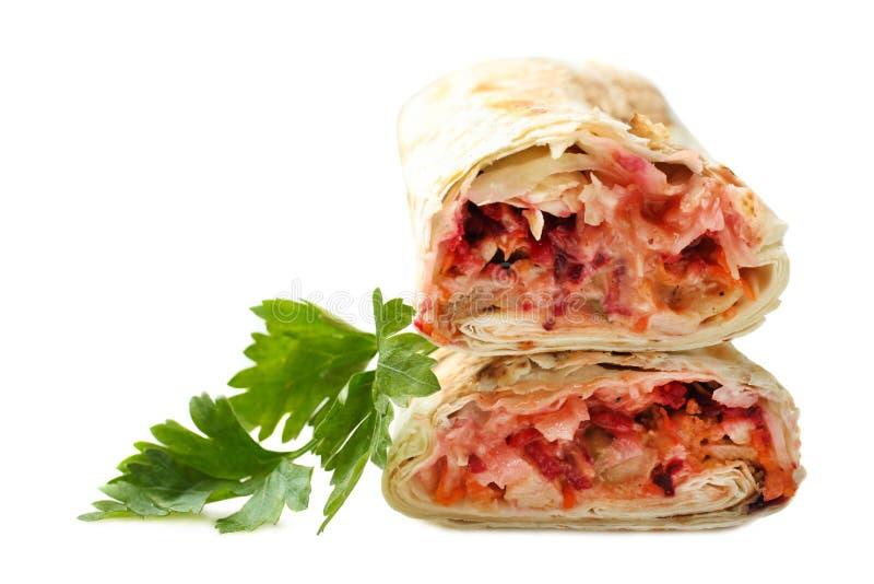 Chiche-kebab de Doner, shawarma dans le pain pita avec le persil photo libre de droits