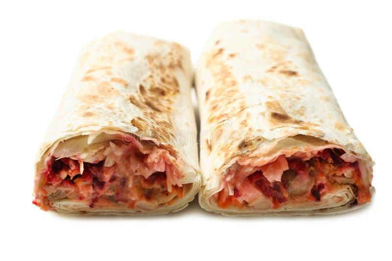 Chiche-kebab de Doner, shawarma dans le pain pita avec le remplissage de viande photos libres de droits