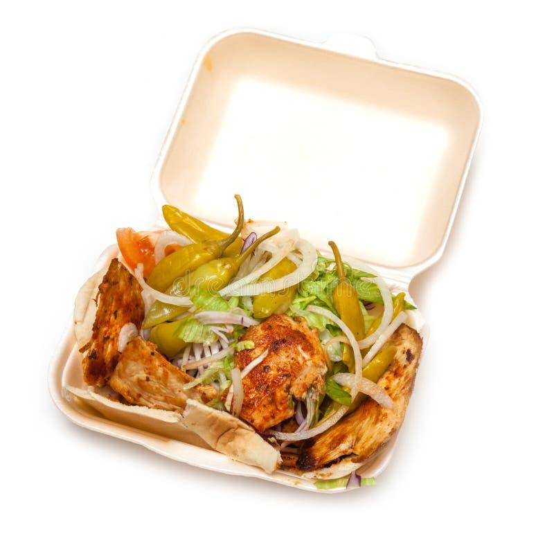 Chiche-kebab de poulet avec de la salade images libres de droits