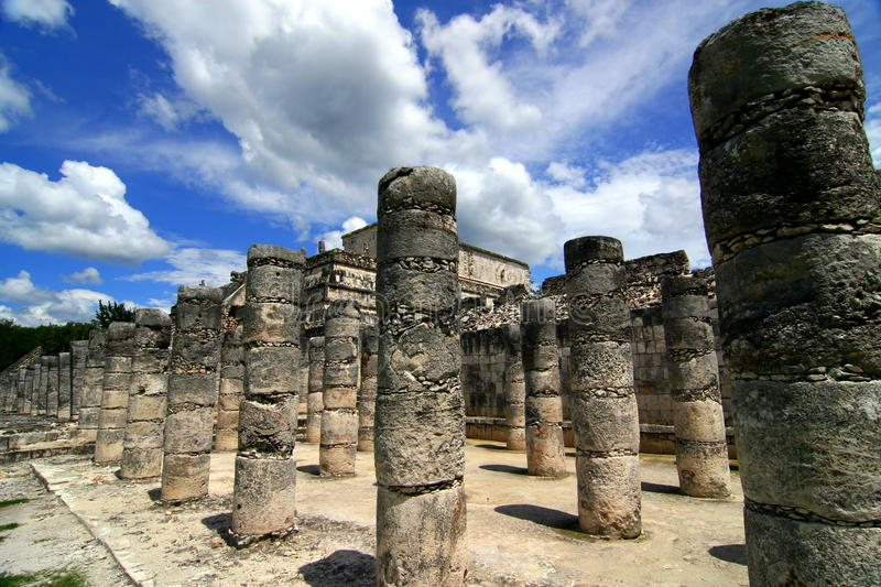Download Chichen Itza Royalty Free Stock Image - Image: 23329466