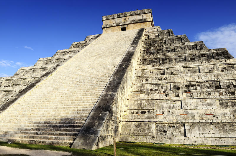 Download Chichen Itza stock image. Image of itza, religion, mayan - 26525813