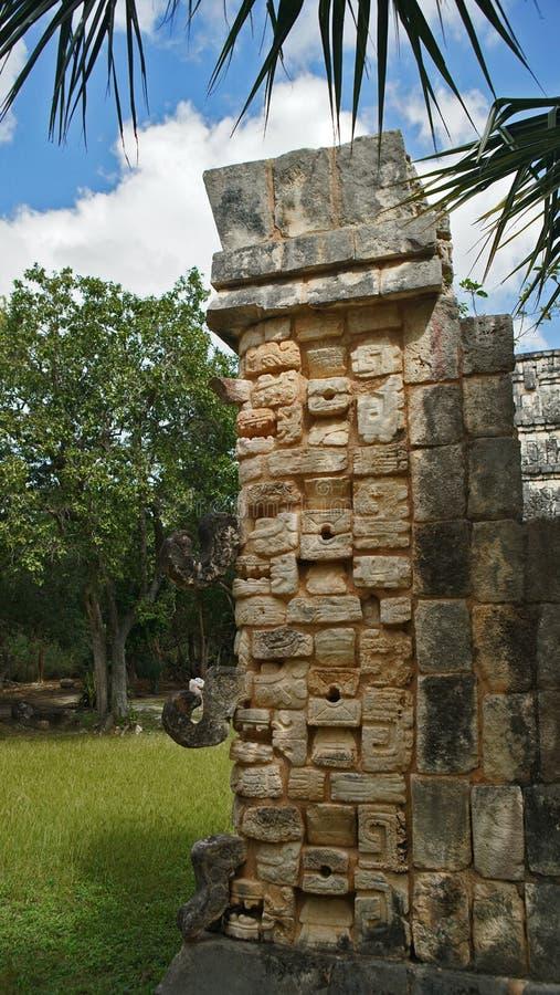 Chichen Itza, Mayan Piramide in Yucatan, Mexico Het ` s één van stock foto's