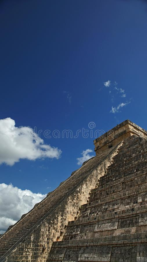 Chichen Itza, Mayan Piramide in Yucatan, Mexico Het ` s één van stock afbeeldingen