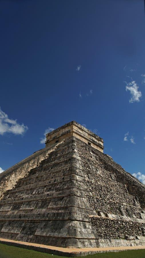Chichen Itza, Mayan Piramide in Yucatan, Mexico Het ` s één van stock afbeelding