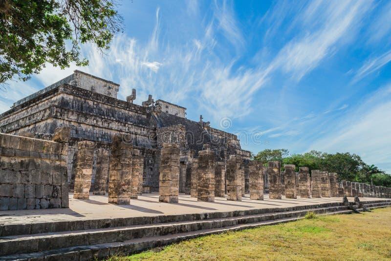 Chichen Itza Ruines maya, colonnes dans le temple de mille guerriers Yucatan, Mexique photo libre de droits