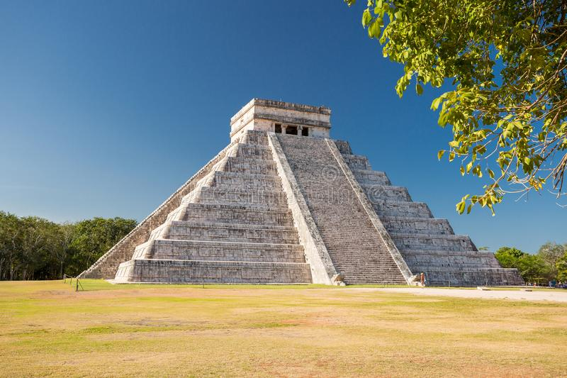 Chichen Itza, tempio di El Castillo di Kukulkan, Yucatan, Messico immagine stock libera da diritti