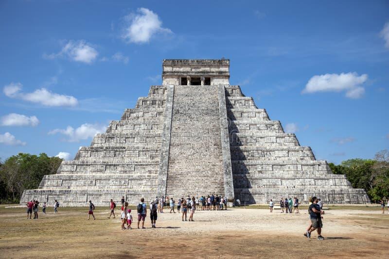 Mayan pyramid at Chichen Itza, Yucatán State, Mexico royalty free stock images