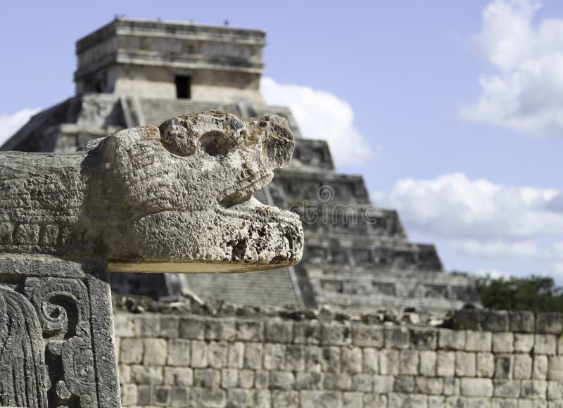 chichen monde moderne maya de merveilles de ruines du Mexique d'itza l'un images libres de droits