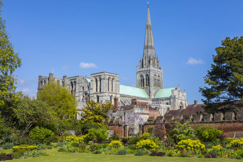 Chichester-Kathedrale in Sussex stockbild