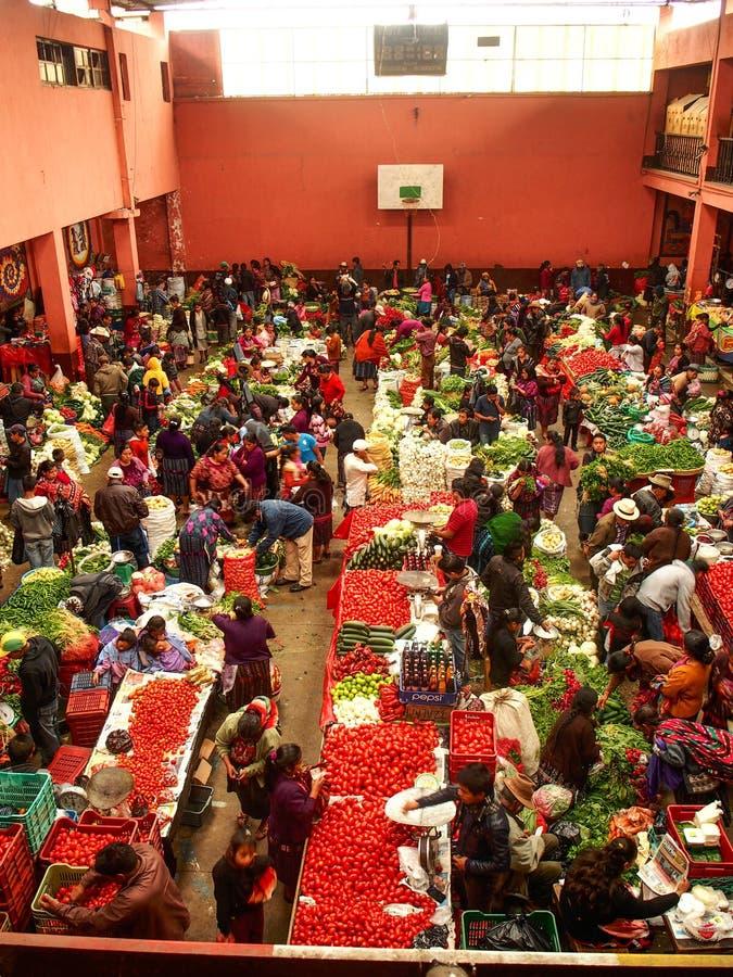 Chichicastenango - Guatemala, mercado colorido de Chichicastenango na Guatemala fotos de stock