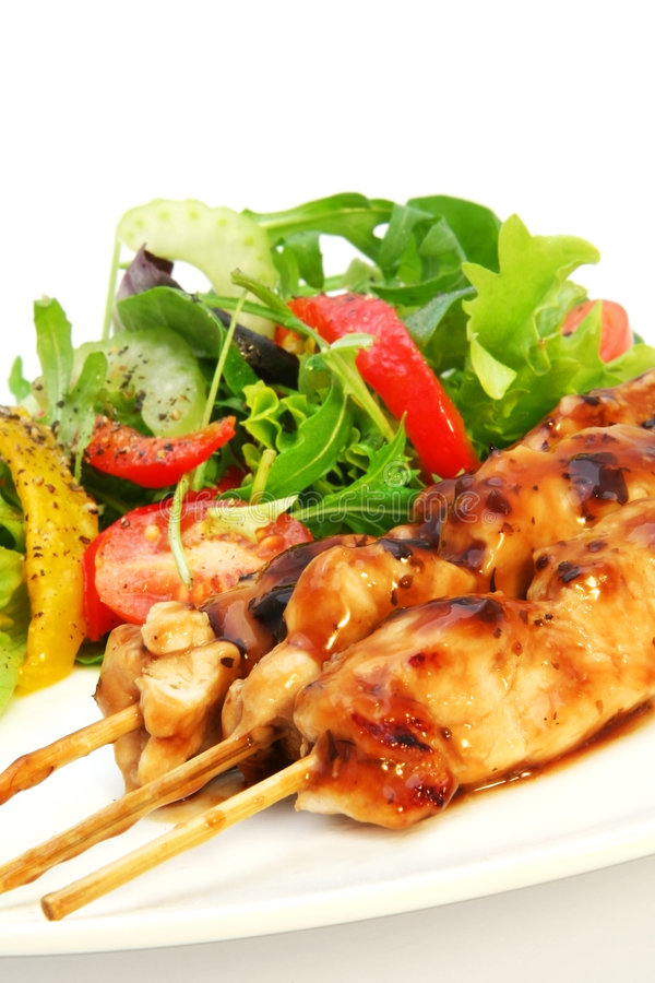 Free Chicken Satay And Salad Stock Photography - 2910382