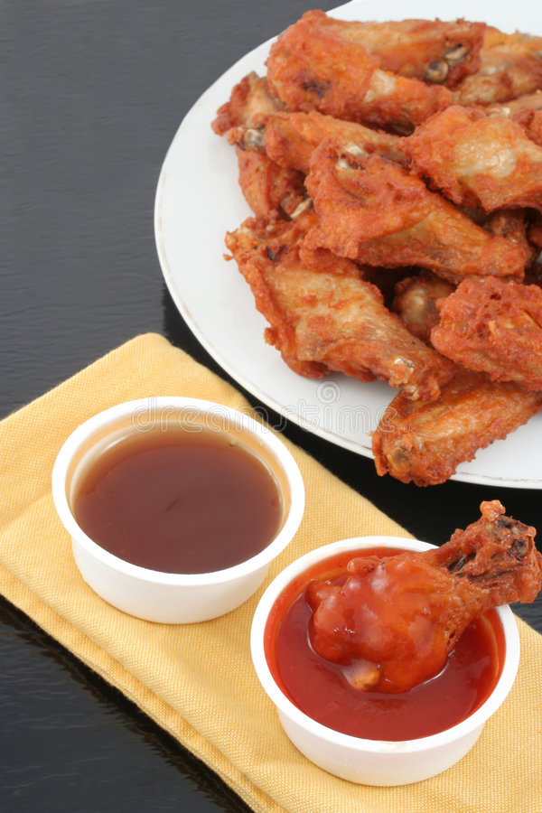 Free Chicken Wings And Dips Royalty Free Stock Image - 8157526