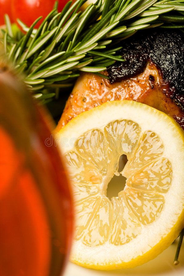 Free Chicken With Lemon Royalty Free Stock Image - 6779886