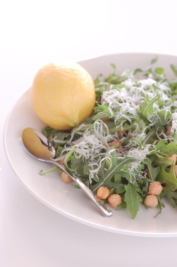 chickpea arugula σαλάτα πυραύλων στοκ εικόνα