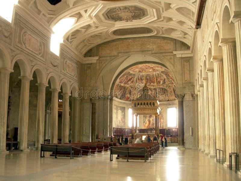 Chiesa all'interno fotografia stock libera da diritti