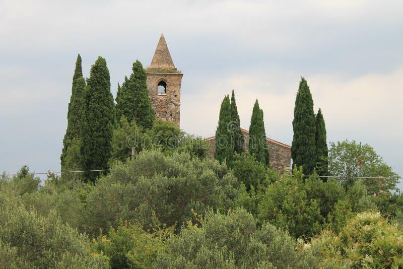 Chiesa antica di San Pietro in Mavino in Sirmione Italia fotografia stock