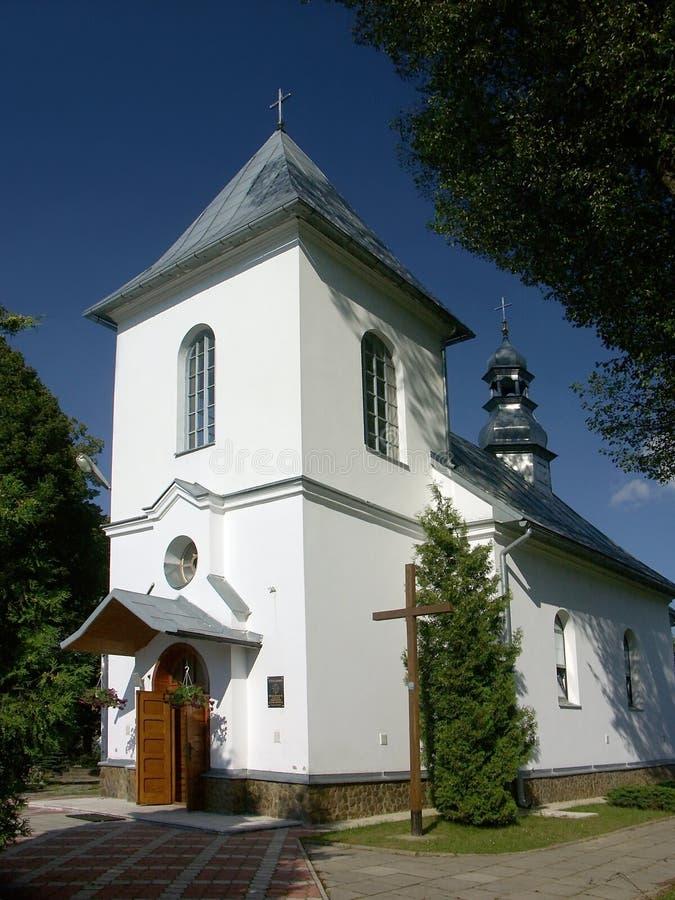 Download Chiesa bianca immagine stock. Immagine di cattolico, architettura - 210835