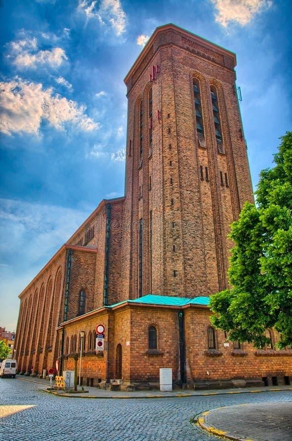 Chiesa cattolica Anversa, Belgio, Benelux, HDR del mattone rosso fotografia stock libera da diritti
