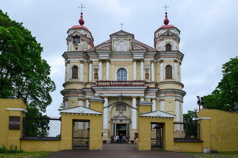 Chiesa cattolica degli apostoli santi Peter e Paul, Vilnius, Lithua fotografie stock libere da diritti