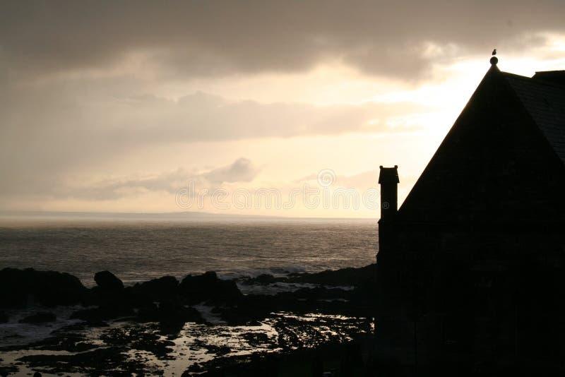 Chiesa dal mare immagini stock