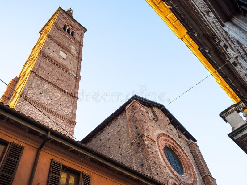 Chiesa del Carmine dessus par l'intermédiaire XX de Settembre à Pavie photographie stock libre de droits