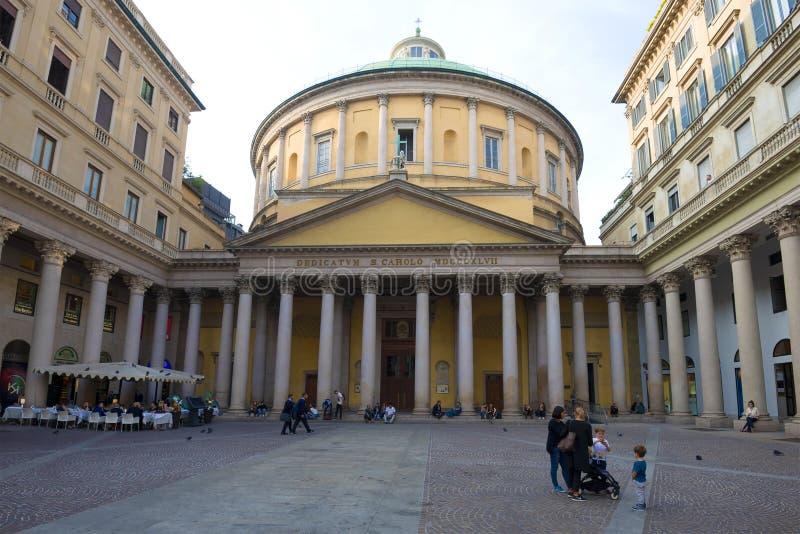 Chiesa del giorno nuvoloso di San Carlo al Corso, Milano immagini stock