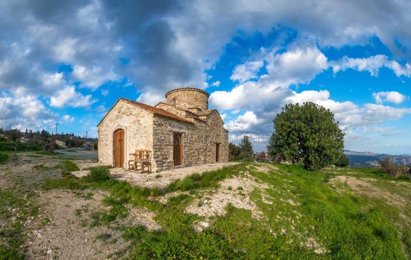 Chiesa del paese dell'arcangelo Michael in Kato Lefkara cyprus immagine stock libera da diritti