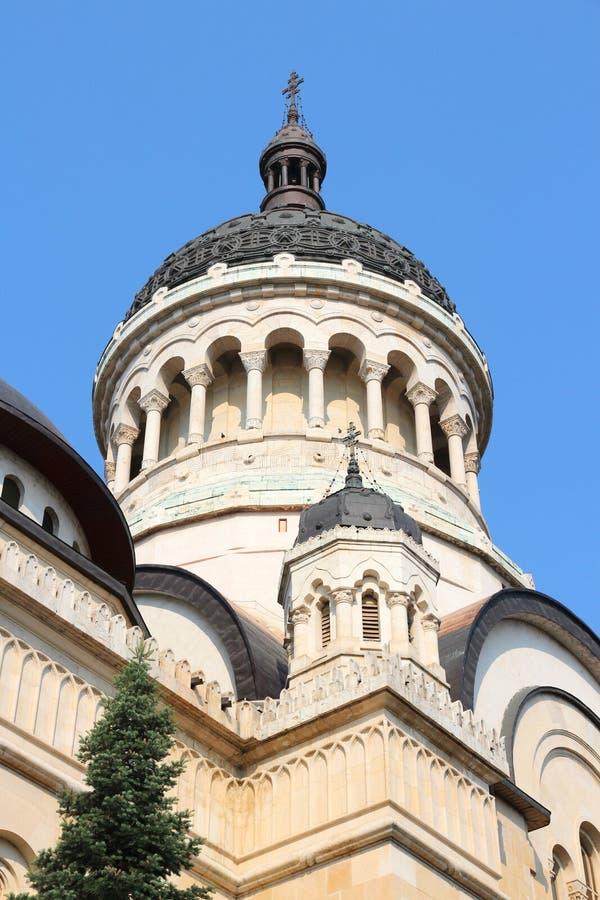 Chiesa del punto di riferimento di Cluj-Napoca immagini stock