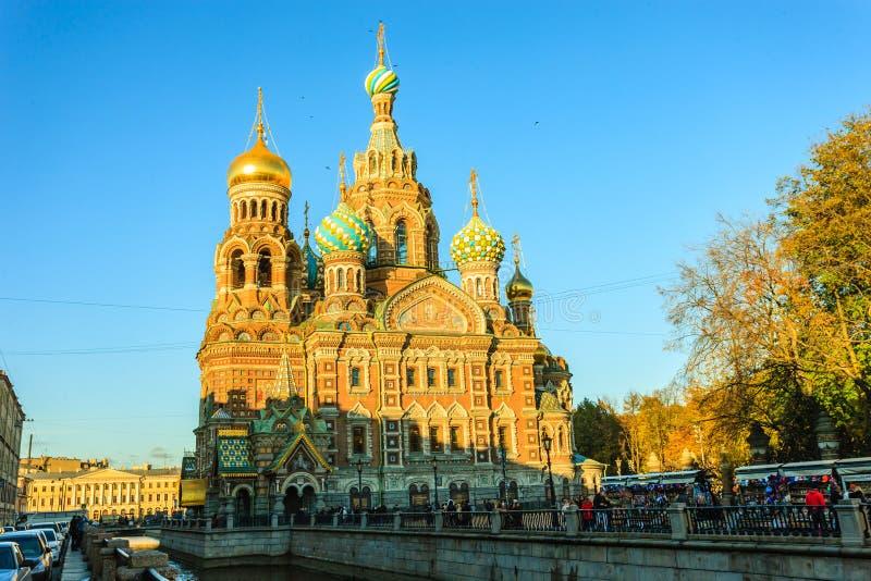 Chiesa del salvatore su sangue rovesciato, San Pietroburgo, Russia immagini stock