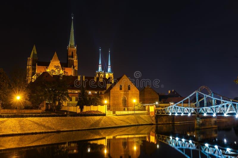 Chiesa dell'incrocio e St Bartholomew e la cattedrale santi di St John il battista a Wroclaw, Polonia fotografia stock