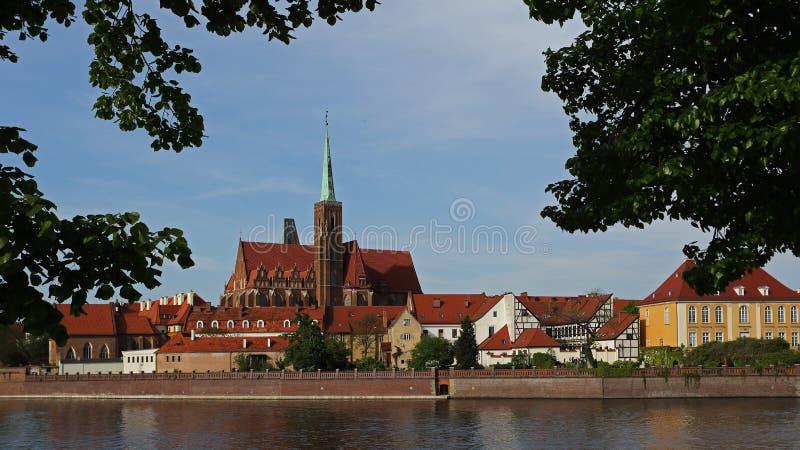 Chiesa dell'incrocio santo sull'isola di Tumski, Wroclaw, Polonia fotografia stock libera da diritti