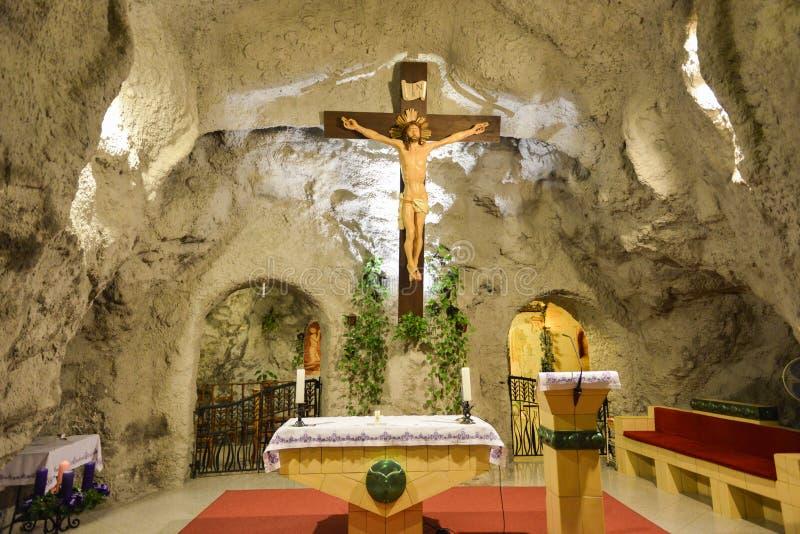 Chiesa della caverna della collina di Gellert, Budapest, Ungheria fotografia stock libera da diritti