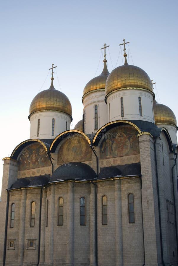 Chiesa della Dormizione del Cremlino di Mosca Foto a colori fotografia stock