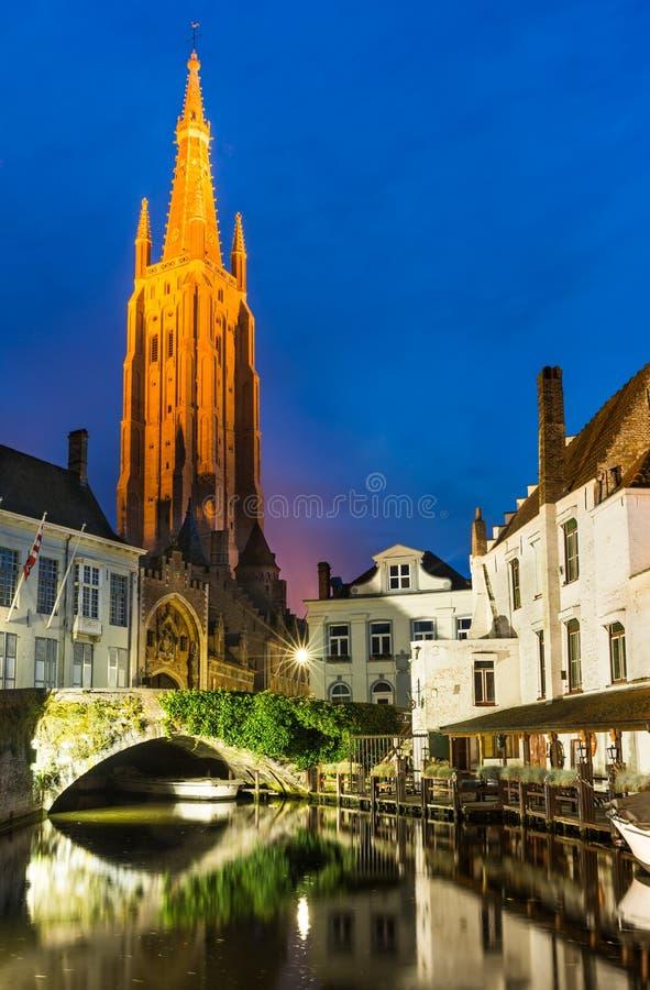 Chiesa della nostra signora, Bruges, Belgio fotografie stock libere da diritti