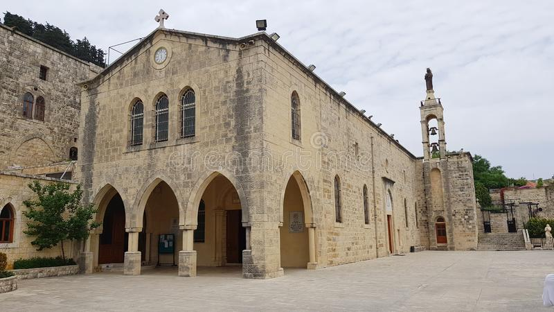 Chiesa della nostra signora della collina, Al-Qamar di Deir, Libano di Maronite fotografia stock