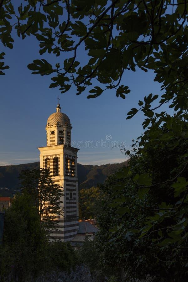 Chiesa della st Andrew Chiesa di Sant Andrea - Levanto, La Spezia, Italia - 17 maggio 2016 fotografie stock