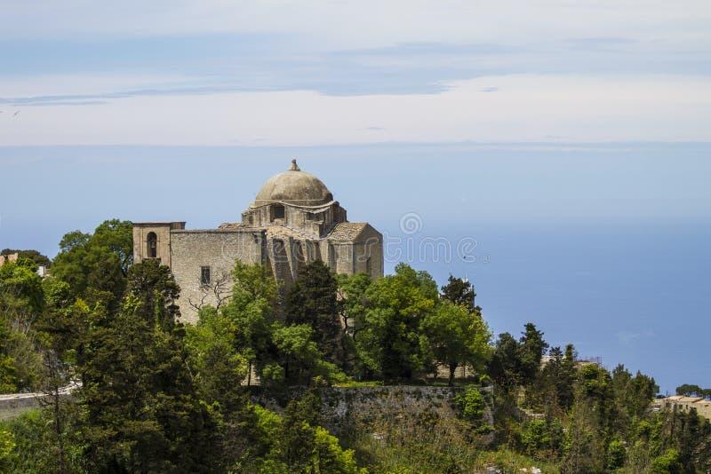 Chiesa della st Giovanni in Erice, Italia fotografia stock libera da diritti