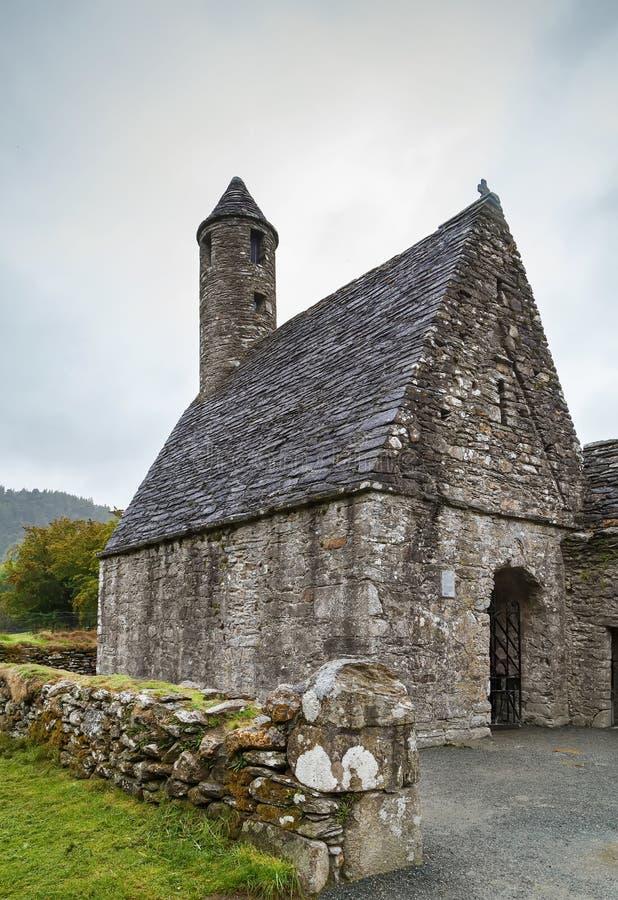 Chiesa della st Kevin in Glendalough, Irlanda immagini stock
