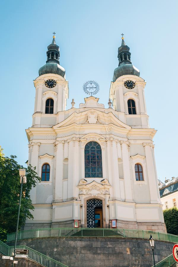 Chiesa della st Mary Magdalene a Karlovy Vary, Ceco fotografie stock libere da diritti